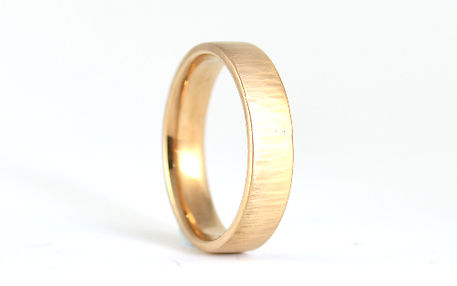 Linear Bark textured finish mens 5mm 9ct yellow gold handmade wedding ring by HR Jewellery Designs West Sussex/ Hampshire