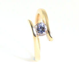 Bespoke Crossover diamond Ring Commission handmade by HR Jewellery Designs Chichester, West Sussex