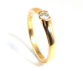 Engagement Ring remodelled from sentimental jewellery handmade by HR Jewellery Designs Chichester, West Sussex