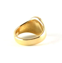 Remodelled old gold handmade signet ring by HR Jewellery Designs | Hampshire jeweller