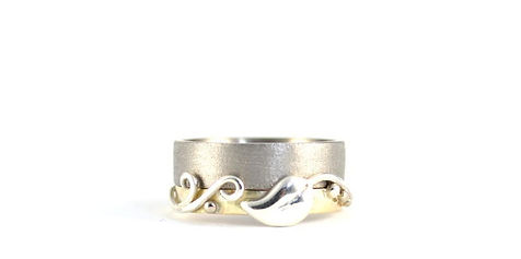 Handmade Bespoke Shaped and Engraved Wedding Rings by HR Jewellery Designs West Sussex, Hampshire