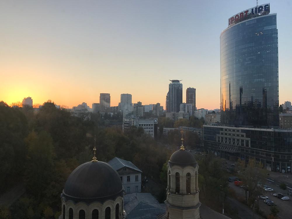 キエフ中心部のビジネス街を望む