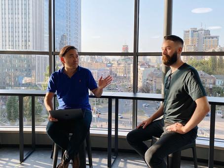 インタビュー第七弾 キエフ在住アメリカ人起業家 企業向けオンラインマーケティング・スタートアップ企業Pavdy創業者兼経営最高責任者グレイディ・アンダーセン氏