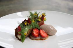 Erdbeere_Mohn_Dessert_Mural_Restaurant_1