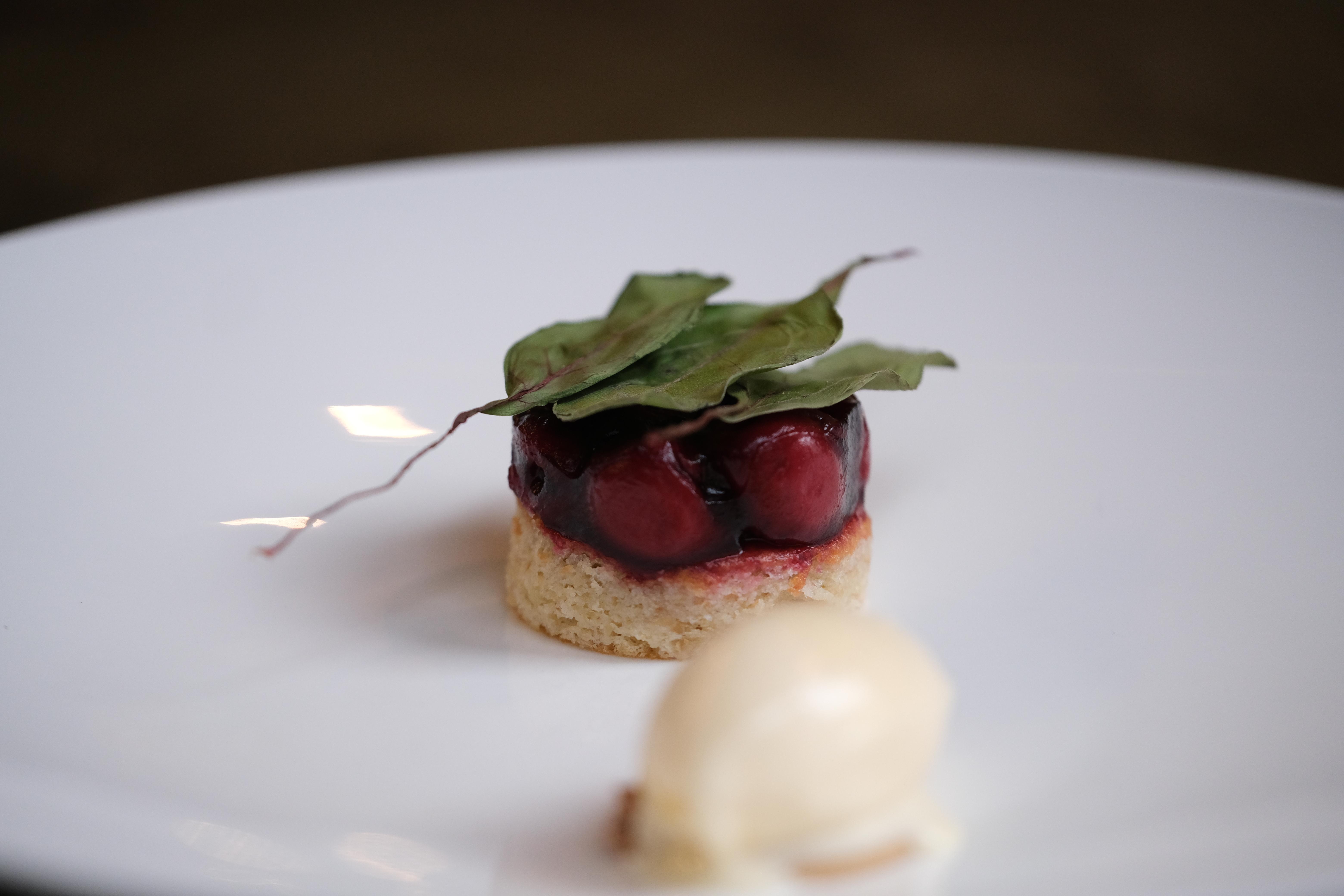 Kirsche_Dessert_Mural_Restaurant_9_©Lenk