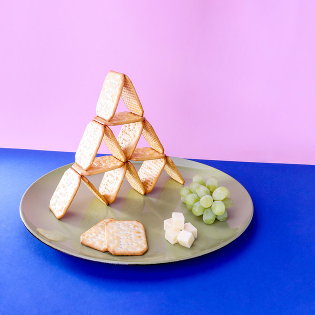 Cracker Pyramid by JR Productions Julia Rettenmaier