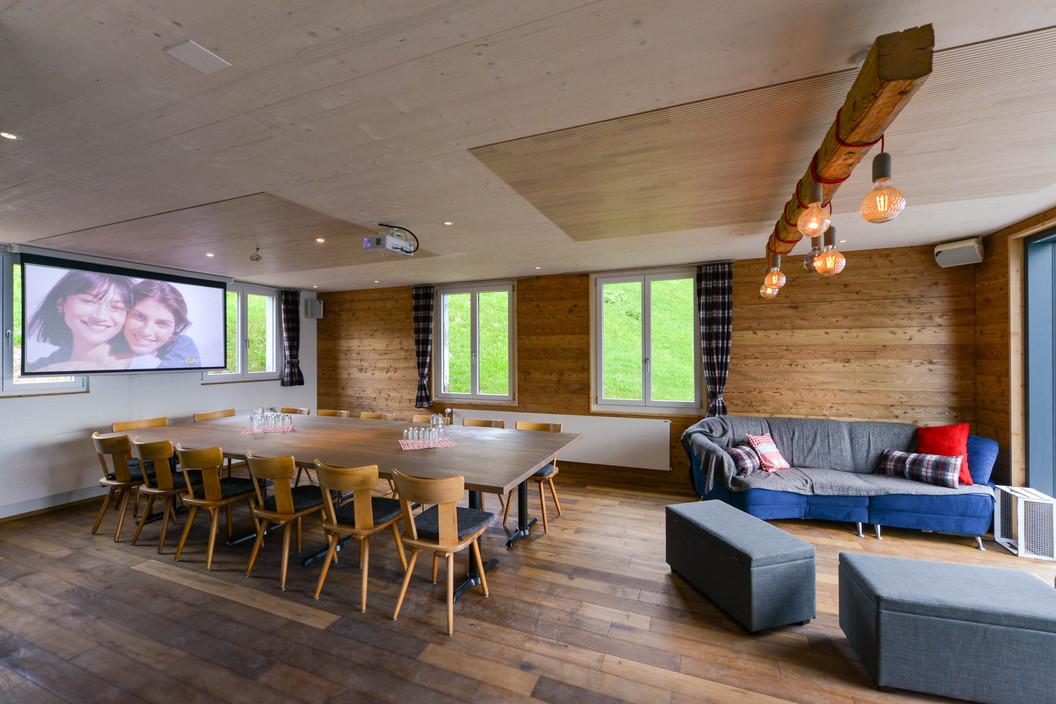 Konferenzraum mit Lounge