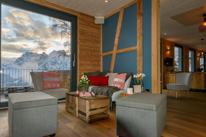 Berggasthhaus-Eggberge-Lounge.jpg