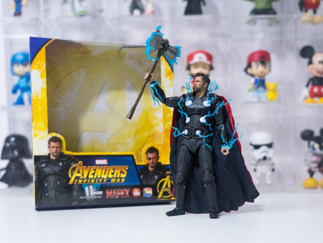 Unboxing and Rewiew - Mafex 104 Thor from Avengers Infinity War