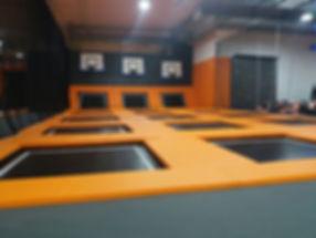 trampoline indoor dunk basket