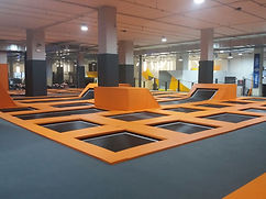 trampoline indoor maincourt