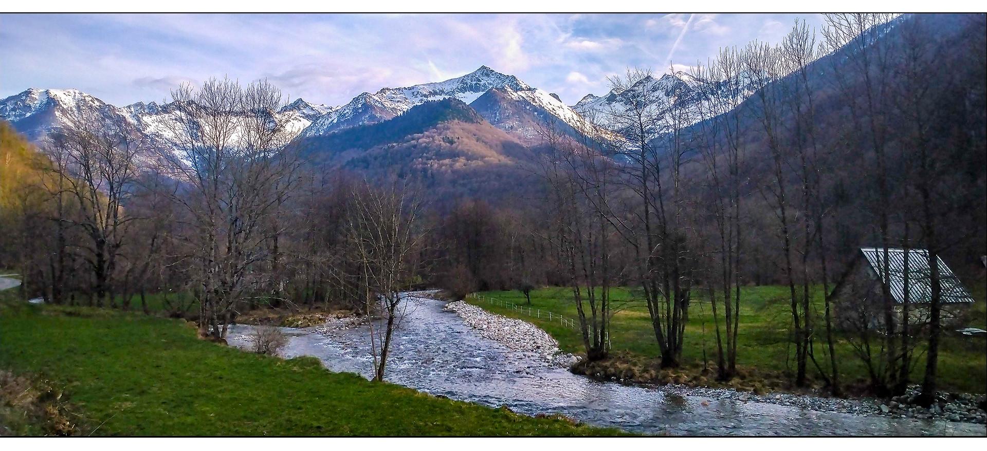Vallée ariègeoise.jpg