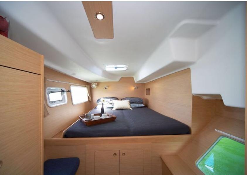 Double cabin / Camarote doble