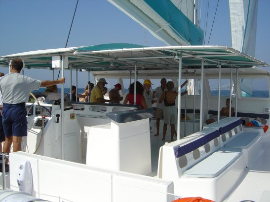 Passengers on the terrace / Pasajeros en la terraza