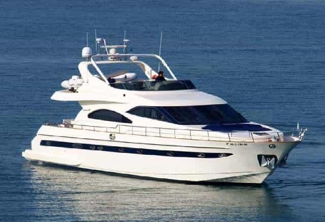 Astondoa 72 sailing / Astondoa 72 navegando