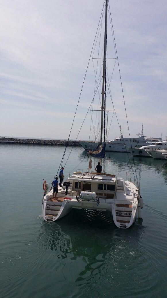 Lagoon 440 sailing / Lagoon 440 de vela