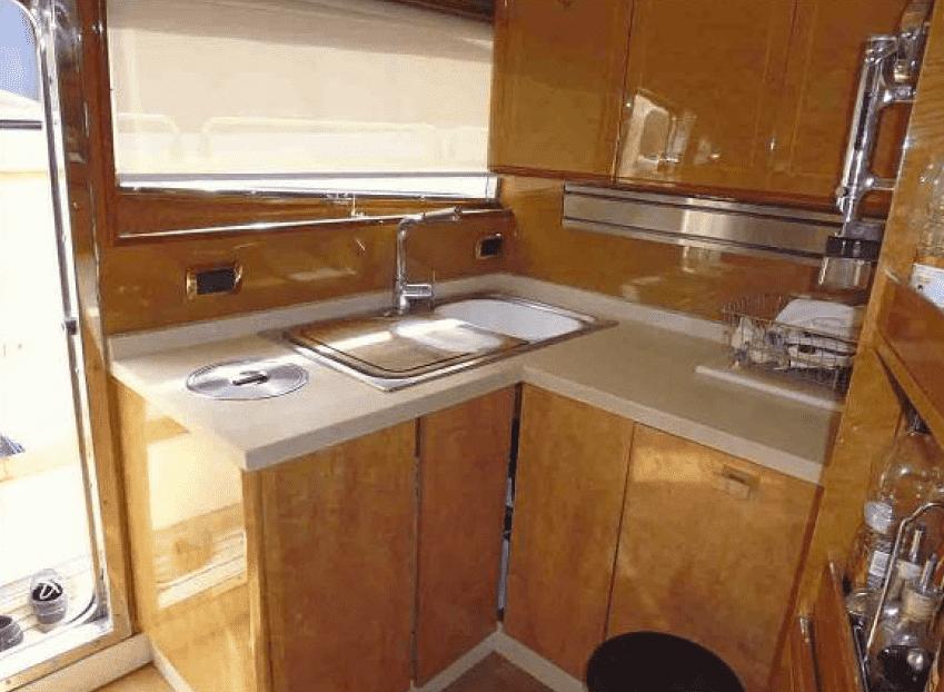 Full kitchen / Cocina completa