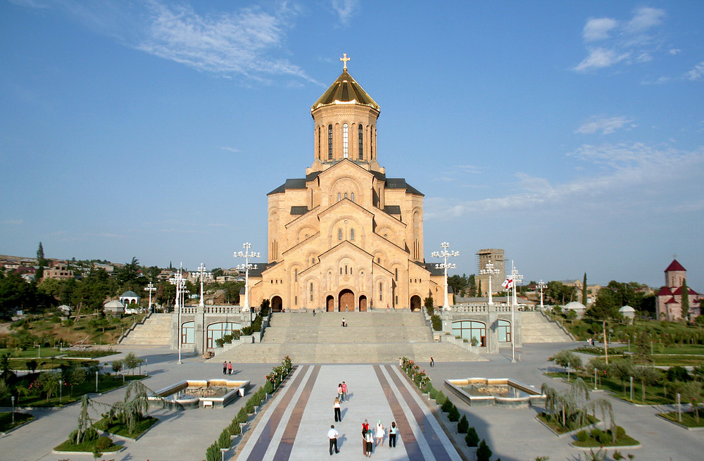 קתדרלת השילוש הקדוש המפורסמת בטביליסי