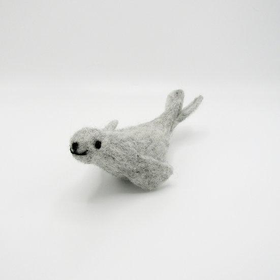 Grey Seal PDF