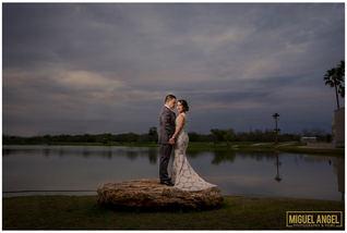 weddingmcallenphotographers_1050.jpg