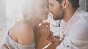 Reconnaître un homme amoureux, nos 8 conseils