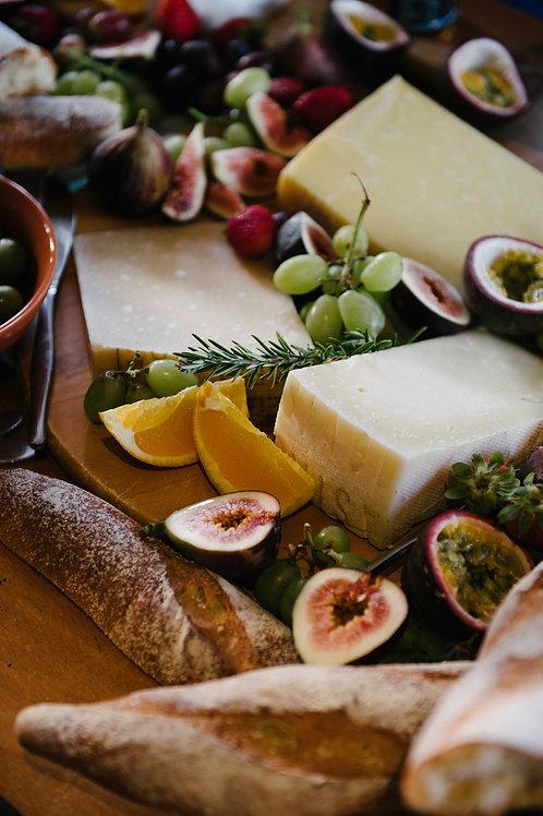 Cheese Lover Deluxe Hamper