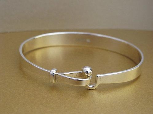 Side clip Silver bangle