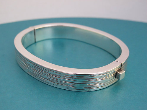 Heavy Solid Silver Hinged Bangle