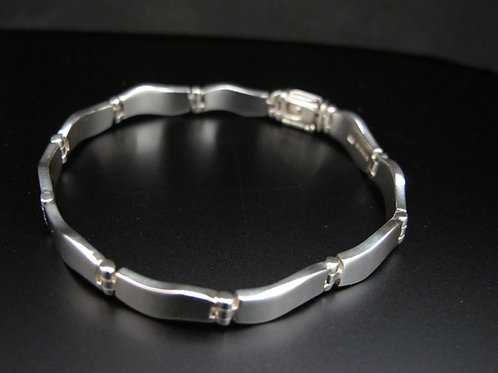 Silver Wavy Link Bracelet