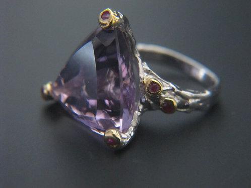 Amethyst/Ruby Ring