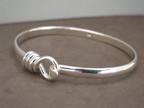 Circle loop silver bangle