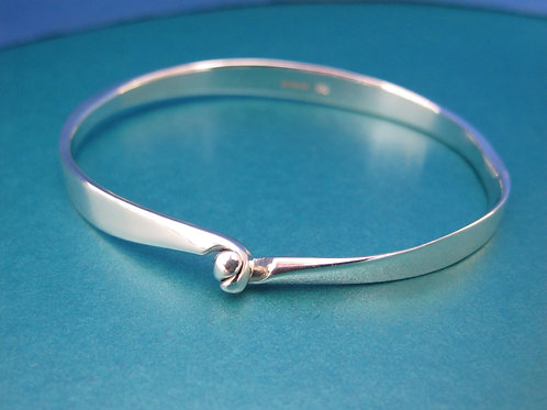 Elegant Shaped Silver Bangle