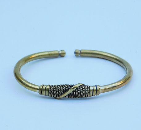 Goudkleurige metalen armband