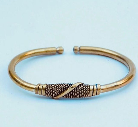 Koperkleurige metalen armband