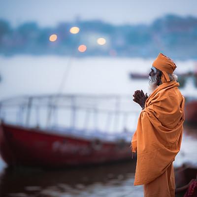Travel Varanasi