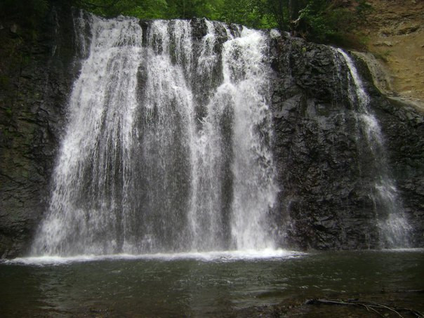 Черемшанский водопад