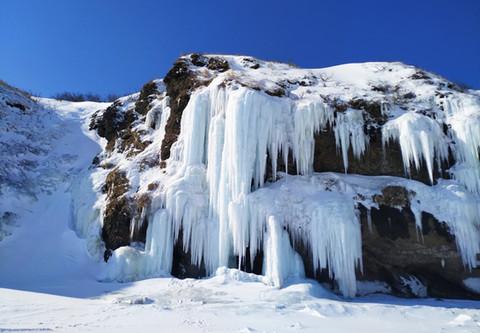 Ледопады в Бухте Тихой