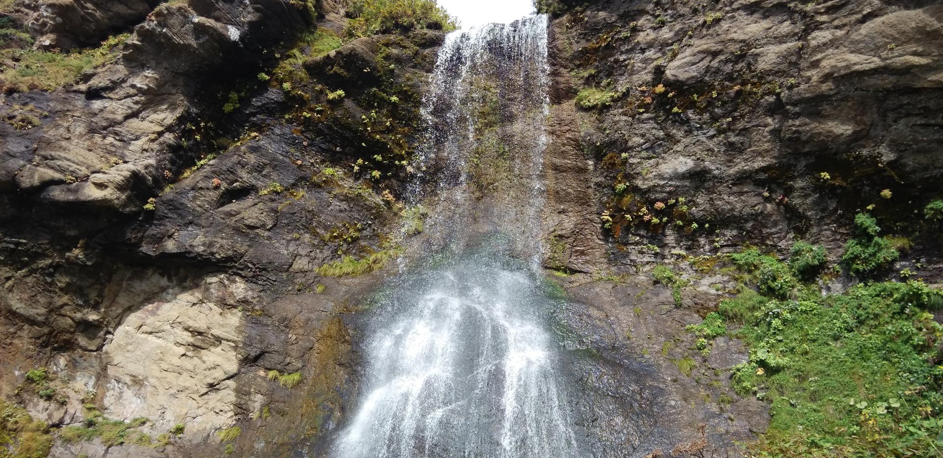 Водопады Шестома