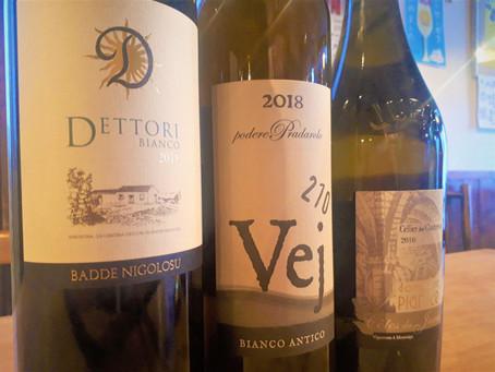 ラベルとワイン