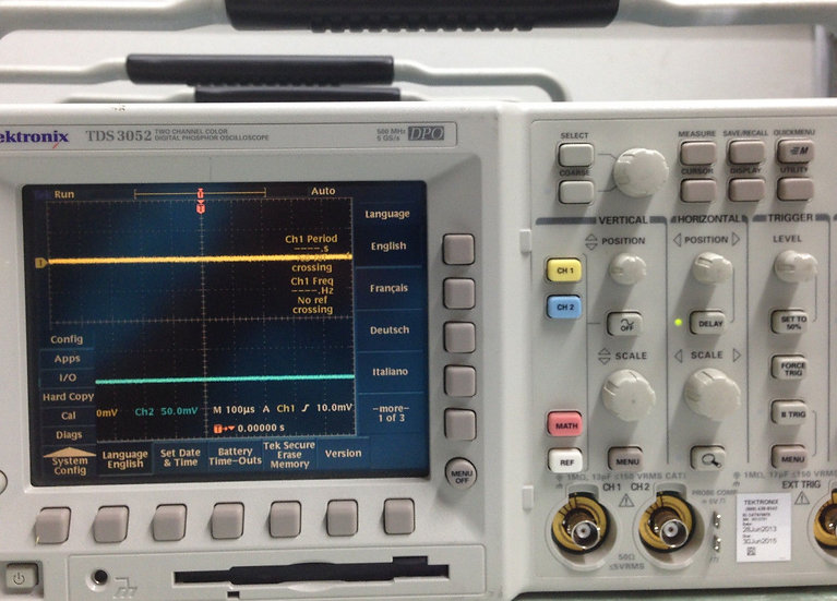 Tektronix TDS3052  / DPO3052 Digital Phosphor Oscilloscope  calibrated