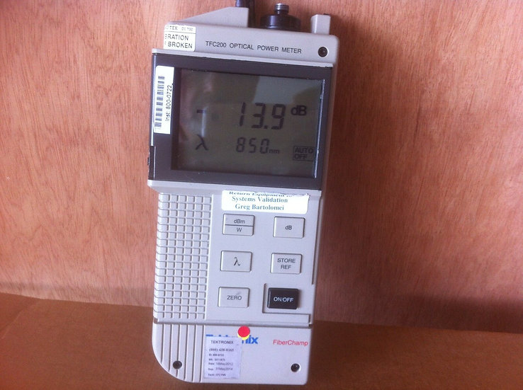 Tektronix TFC200 FiberChamp Handheld Optical Power meter