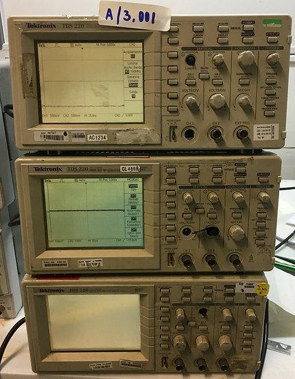Tektronix TDS220- 2 Channel Digital Oscilloscope 100MHz / 1GS/s