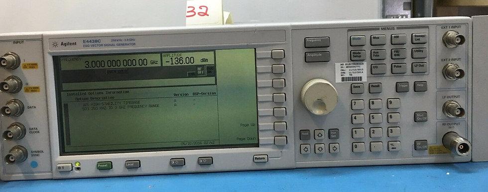 Agilent E4438C ESG Vector Signal Generator, 250KHz - 3.0GHz OPTIONS 503/1E5