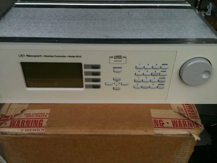 Newport  8605.8C Modular Controller / ModuLes 8610 1000ma