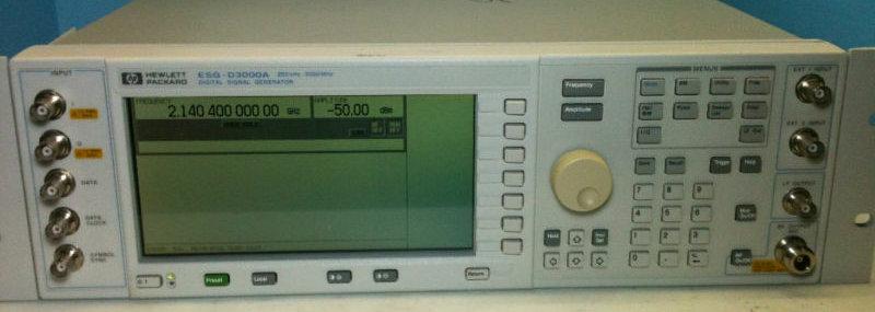 Agilent HP E4432A ESG-D3000A Digital Signal Generator