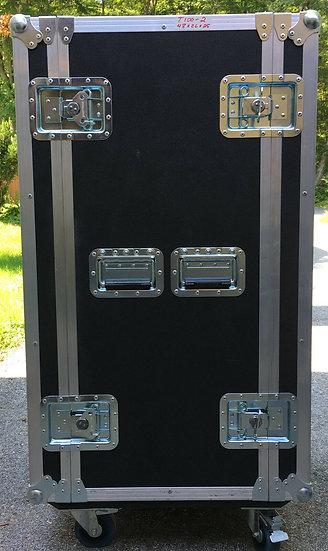 Starcase inc Shipping Case 48 x 26 x 25 w/ wheels great shape