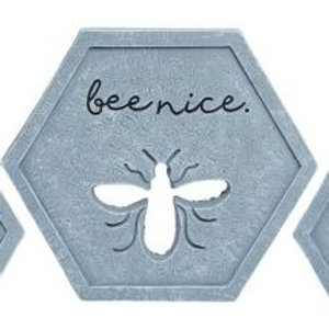 Cement Bee Garden Stone 10 x 8.75 x 0.75 in.
