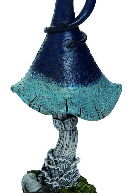 Swirly Mushroom 4.75 x 4.5 x 10.25in