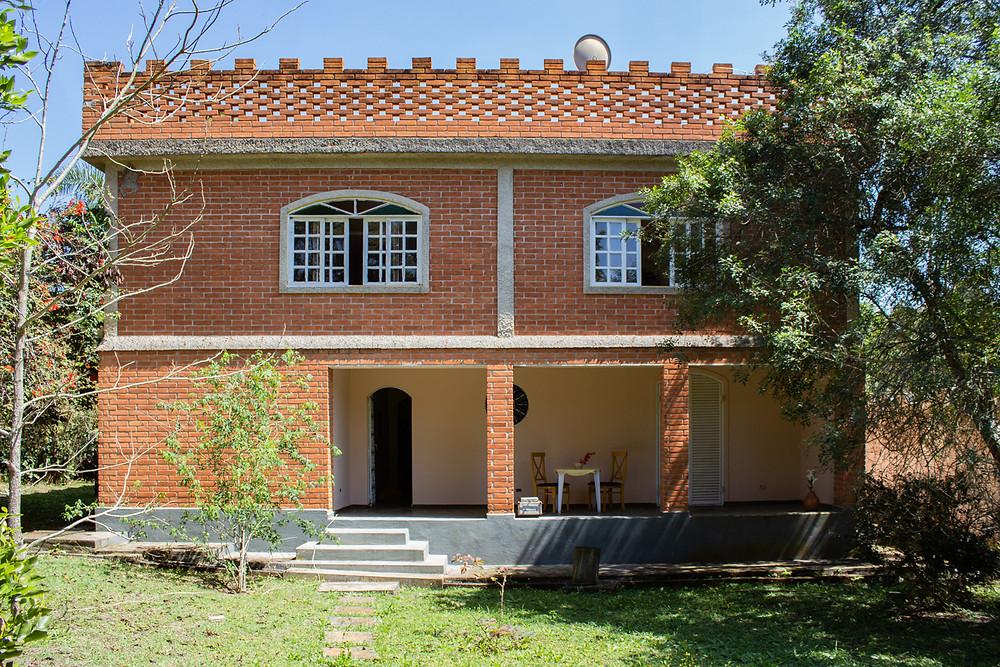 Casa à venda de 3dormitórios em Cotia/ Vargem Grande