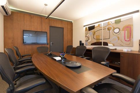 fotografia de sala de reunião corporativa